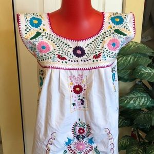 Dresses & Skirts - 🌟NEW ARRIVAL NWT Mexican dress sleeveless!